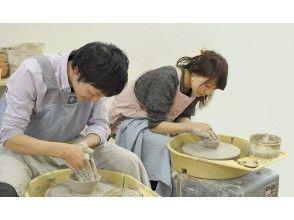 【京都・中京区】陶芸体験~ 電動ろくろで本格的な作品作り!二条駅から徒歩4分!手ぶらでOK!