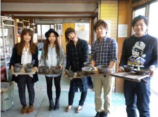 【滋賀県・信楽 電動ろくろ体験】茶碗やカップを電動ろくろを使って作ろう(約60分)