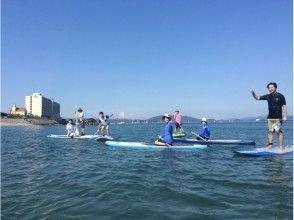 【徳島】透明な海で鳴門大橋をバックにSUP体験!の画像