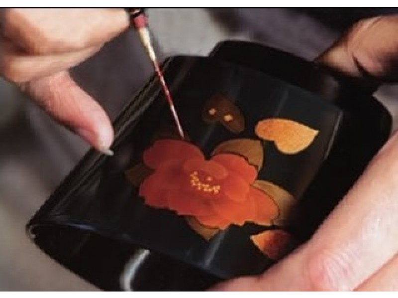 [Akita/ Yuzawa] Experience traditional crafts! Let's finish it with a wonderful lacquer ware with the original 'Makie'-OK by hand, you can enjoy it for 3 generations!