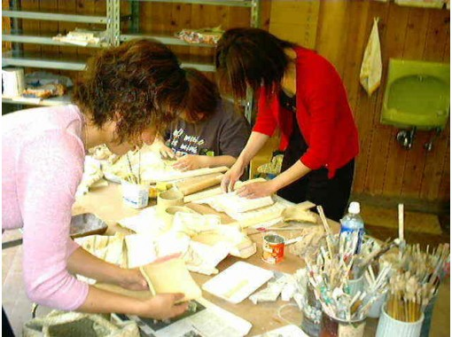 【愛媛県・松山 陶芸体験】器を作ろう。手びねり体験