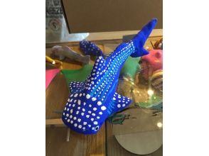 【沖縄・本部町】美ら海水族館で人気のジンベイ・マンタに「絵付け」体験!の画像