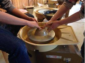 【沖縄・那覇】沖縄の想い出をもう一つ!国際通り近くで陶芸体験!の画像