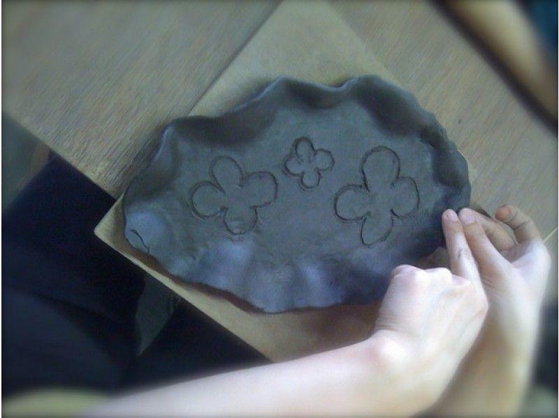 นวดด้วยมือ [ยามากาตะ Tendo] ดินภาพการแนะนำของประสบการณ์ศิลปะเซรามิก (มืองามประสบการณ์การนวด)