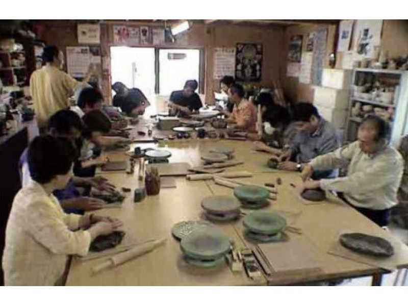 "[Yamagata/ Tendo City] A pottery experience ""Kebineri Course"" group Events that you can knead the soil by hand and make two works is also OK!"