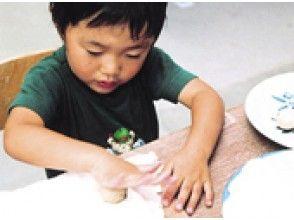 [福島縣陶器經驗]請嘗試使用圖像的特殊的土壤,體驗手捏美女