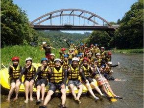 [東京多摩]在河裡暢遊!在(半天課程)的漂流旅遊形象