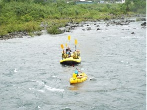 [Shimantogawa] Great Adventure in Japan last clear stream! Leisurely rafting tour of the image