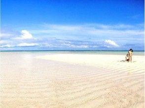 【鹿児島・与論島】神秘の砂浜、百合ヶ浜へのクルージング!の画像