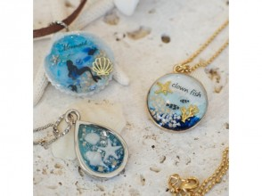 [Okinawa Onna] image of made of shell accessories <UV resin accessories handmade experience>