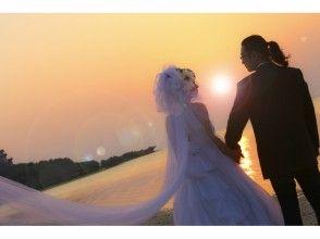 【沖縄・今帰仁村】プロが撮影!沖縄のビーチでウエディングフォト!の画像