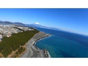 【静岡・清水】富士山と三保の松原を空から見よう!モーターパラグライダー二人乗り体験フライト