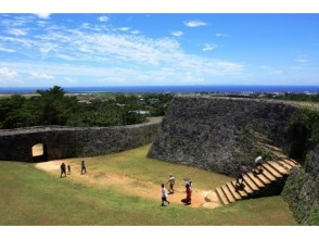 【Okinawa / West Coast / East Coast】 Image of Yomitan's walking tour of now and the past, Guided tour Mura cruise