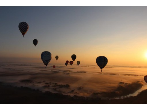 [Saitama / Kazo] It becomes a wind at a maximum altitude of 1000m! Hot-air balloon free flight experience with plenty of options!の紹介画像