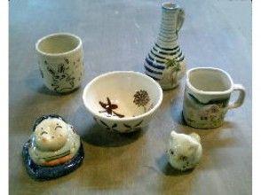 【東京・調布】緑豊かな深大寺窯で陶芸体験。本格陶器に絵付けする[本焼きコース]の画像