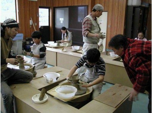 【千葉・鴨川】気分は陶芸家!お子様も楽しめる 「電動ろくろ」でマイ器を作ろう!手ぶらで参加OK!