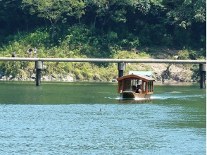 【Kochi Prefecture · Shimanto City】 Feel free to visit with a regular boat houseboat! Image of the plan to enjoy the superb view Shimanto River