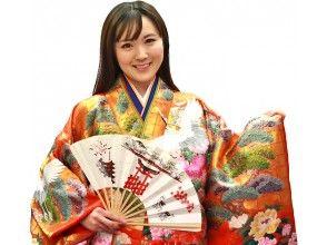 【広島・宮島】平安貴族の衣裳をまとう「コスプレ体験」で写真をパチリ!