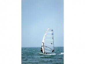 【福岡・今宿】ウインドサーフィン体験チャレンジコース(2時間)の画像