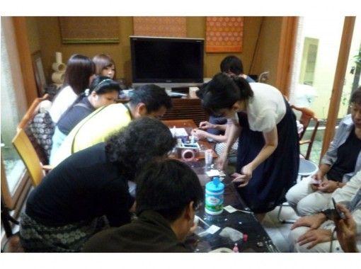 【京都・北区】機織り体験~憧れの「錦織」でアクセサリー手作り体験と工房見学