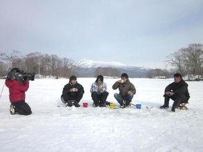 [北海道函館]冬天的經典體驗!在大沼國定公園冰蝶釣魚圖像