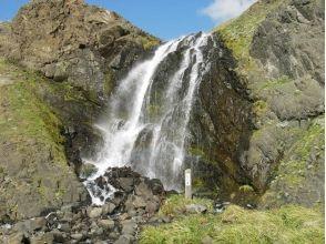 【北海道・礼文島】秘境を目指そう!礼文滝コースガイド「ハイジの丘コース」ガイド案内・送迎あり