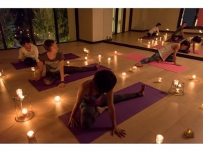 [Okinawa Onna] image of candles and aromatherapy YOGA in the power spot Okinawa