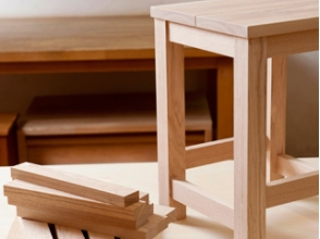 【Osaka · Abeno】 Making experience in woodworking classes too! [Make original wooden stool]