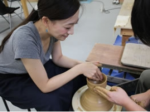 【徳島・鳴門】伝統的工芸品「大谷焼」電動ろくろ体験