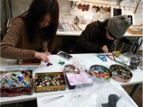 """[岛根/ Matsue]您设计的面板是正品灯泡! """"制作烤玻璃的方形铁基灯"""""""