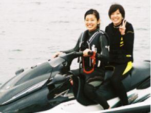 【山梨・山中湖】夏の山中湖で「風になれ!」マリンジェット体験!の画像