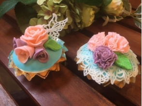 【Tsukiji Outdoor Market】 (Participate from 1 person!) Flower Fondant Cupcake Class 【9891】