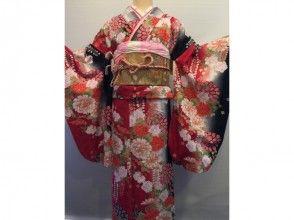 [湘南鎌倉,和服出租]日本豪華長袖和服租賃輕便型套餐只限制了婦女的形象