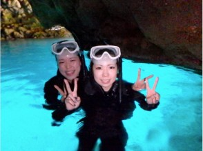 [沖繩/藍色洞穴保持/約3小時]♪的藍色洞穴通氣管+摩托艇偏移設置計劃
