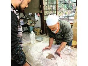【岐阜県・多治見市】陶芸の魅力に迫る!土を練る作業から体験できる!の画像