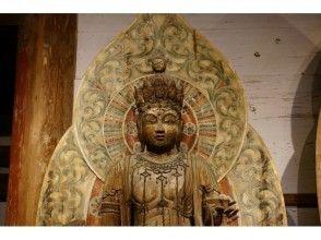 【奈良・伝統文化体験】室生寺 金堂特別拝観とお勤め体験(境内案内・記念品付き)