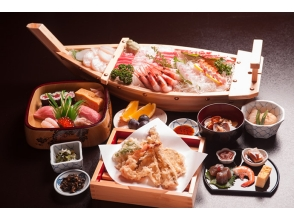 【東京湾 屋形船】20名様より受付 貸切屋形船 天ぷら・寿司・オードブルを堪能する! 松コースの画像