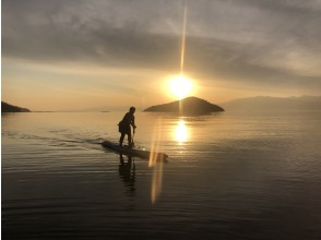 【滋賀・琵琶湖】びわ湖でSUP(サップ)スクール 1日満喫コース♪『びわ湖』でSUP体験♪【初めての方、お一人様にも人気コース】