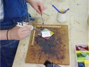 【茨城・牛久】お子様も楽しめる!ステンドグラスのコンパクトミラーを作ろう