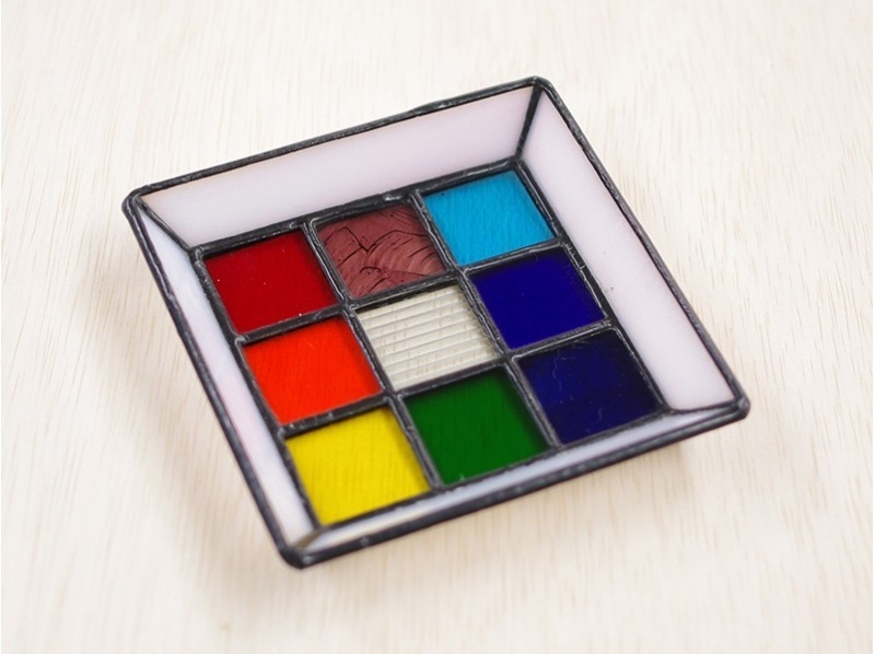 [Ibaraki/ Ushiku] Children can also enjoy! Make a 9-piece stained glass mosaic trayの紹介画像