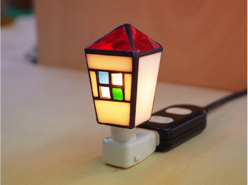 [Ibaraki/ Ushiku] Children can also enjoy! Make a stained glass house foot lampの紹介画像