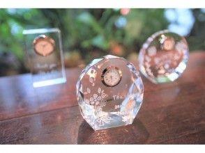 【西鉄福岡天神駅徒歩10分 ガラス時計ギフトコース】いつまでも心に残るプレゼント☆サンドブラスト時計の画像