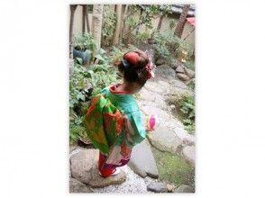 【京都・伏見】着物・衣装レンタル~自由散策しながら写真撮影もOK!七・五・三でも大人気「ちび舞妓変身プラン」