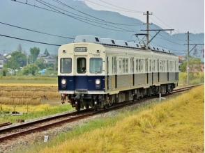"Go on local line ""Ueda Electric Railway""! Besso Onsen Retro Street Walking and National Treasures & Temple Cruise Bus Tour [with lunch] P010376"