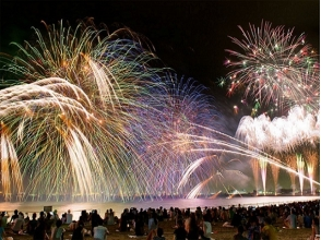 【Observing the gymnasium】 Japan's largest class! Makuhari Beach Fireworks Festa View Bus Tour ~ With Dinner Buffet ~ [10407]