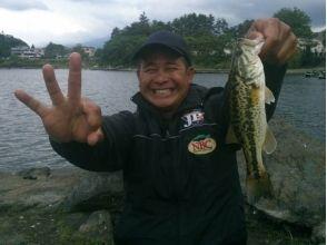Kawaguchiko Bass Fishing Class (Bass Boat Course) for 1 person