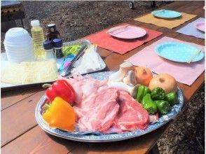 【山梨・富士河口湖町】FOREST.PREMIUM.BBQ・屋根付で雨でも安心 ♪ 手ぶらOK