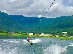 【山梨・河口湖】初心者向けウェイクボード体験(○○分コース)の画像