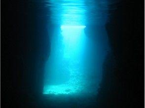 【沖縄・恩納村】青の洞窟シュノーケル♪(ビーチ)の画像