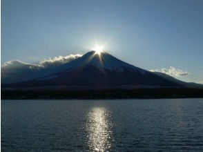"A winter miracle! Watching ""Diamond Fuji"" shining at the summit & ""Asama Shrine"" worshiping bus tour ~ Hoto Set food 【11014】"